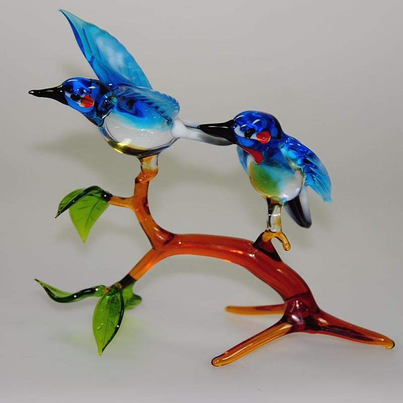 eisvogelpaar auf ast mit bl ttern sitzend neu glas geschenke. Black Bedroom Furniture Sets. Home Design Ideas