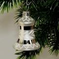 Glocke 4 cm, Blätterring und Zacken, silber/weiß