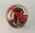 Traum-Glas-Kugel medium, rot-schwarze Glitterschlange