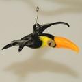 Tukan zum hängen klein, mit gelben Schnabel