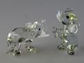 Elefantenpaar, klein sitzend und stehend kristallfarb.