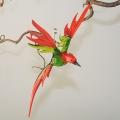 Paradiesvogel groß hängend, grün-rot -NEU-